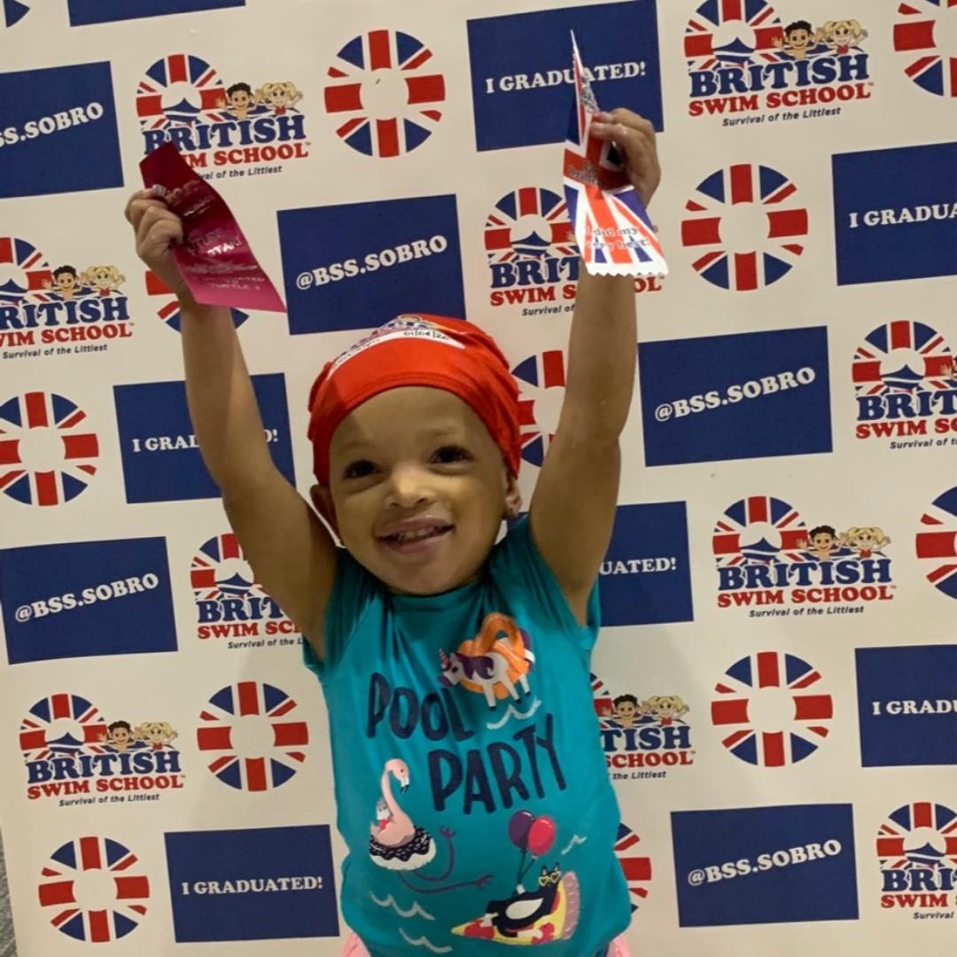 Congratulations Brooklyn, look at how excited she was to master her skills and move on to the next cap!!! #swim #swimsafe #bsssobro #swimmingisfun #kidsfitness #kidssport #survivalclass #swimschool #lifeskill #yearround #heatedpoolpic.twitter.com/DxGtBEYY64