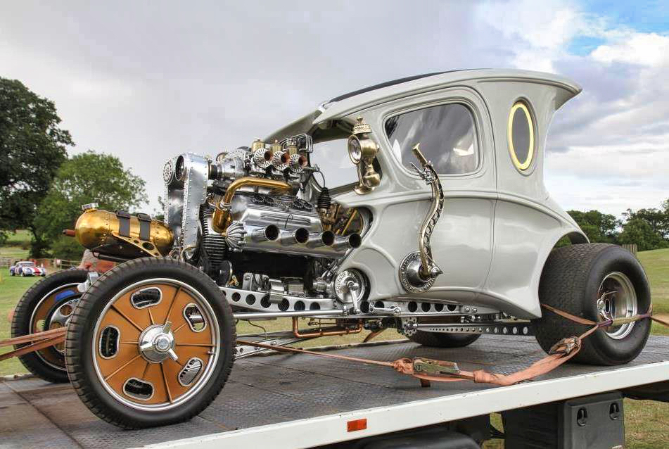 #Car 🚗 Awesome of the Day: British Inventor Paul Bacon's '#Automatron' #Steampunk ⚙️ #Hotrod 3.5L Supercharged V8 Engine via @mandyevebarnett #SamaCars