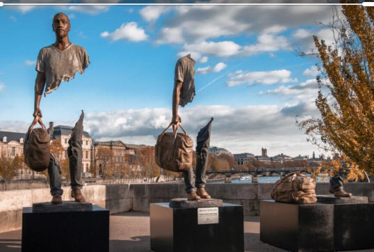@artysu1 My kids saw this in Paris and were absolutely fascinated by it. Beautiful.