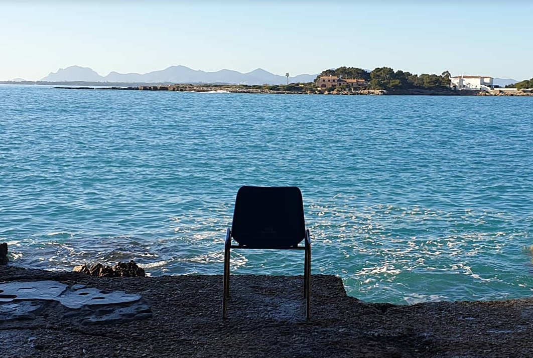 Waiting for 2020, from Cap D'Antibes in #cotedazurfrance  #sea #landscape #pictureofday #newyear2020 #golf #golfer #cotedazurgolf #france #antibes #capdantibes #travel #amazingpic.twitter.com/1sBsCKjTYa