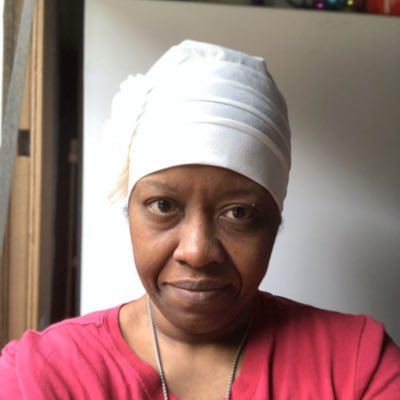 I use to wear a #headscarf for #biblical #reasonings but now it's one of my #signature moves. #Skullcap #BaldByChoice Actually I use to be a #HebrewIsraelite but left because too many #Hypocrites and #racists. #Israelites as twisted as #Christians. #HateCrimespic.twitter.com/VPrRPm4hFX