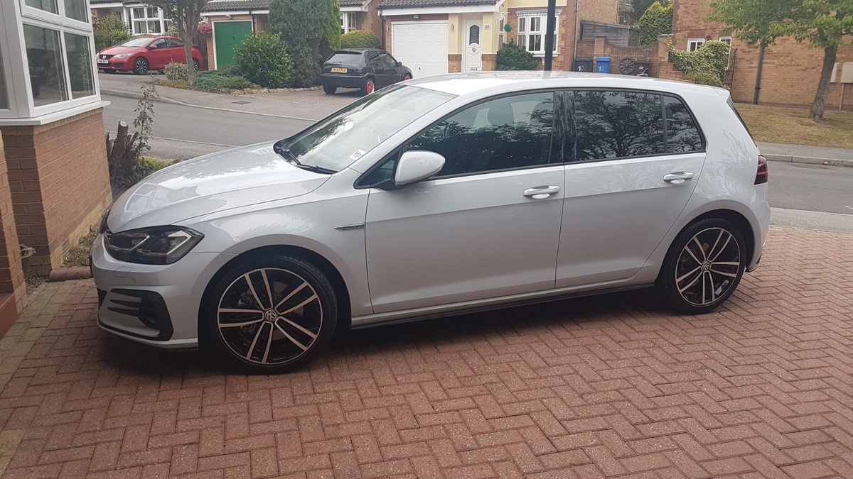 My parents house has been broken into overnight at around 2:30am in Chapeltown Sheffield. My dads car has been stolen. I know it's a long shot but it's a Golf GTD with the plate MF18 GWN. WANKERS, CAN'T HAVE ANYTHING 🤬 Please keep an eye out share and make it too hot to handle!