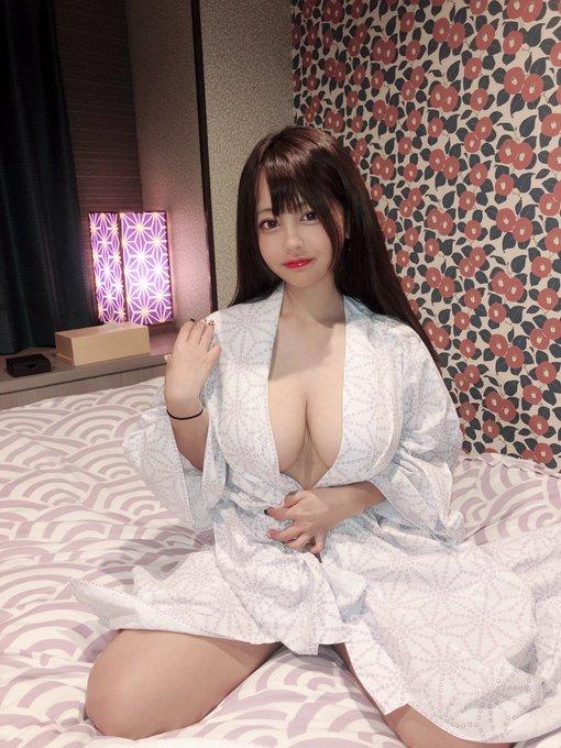 AV女優夕美しおんのTwitter自撮りエロ画像4