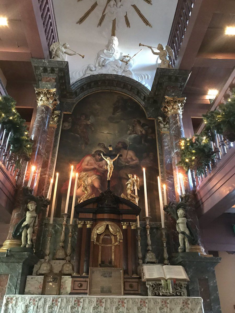 The Museum Ons' Lieve Heer op Solder (The Lord in the Attic) is amazing! A C17th Catholic Church within the attic of a Dutch house. So beautifully interpreted. Wonderful visitor experience and well worth a trip when in #Amsterdam   #itweetsmuseums @opsolder #iamamsterdam pic.twitter.com/BQZf8s3xM0
