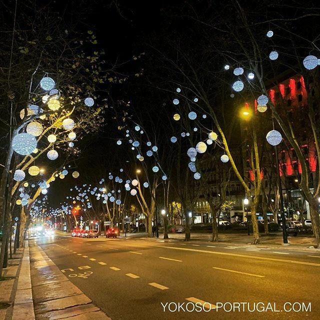 test ツイッターメディア - リスボンの並木道、リベルダーデ大通り。 #リスボン #ポルトガル #イルミネーション https://t.co/DgU1Un5jFc