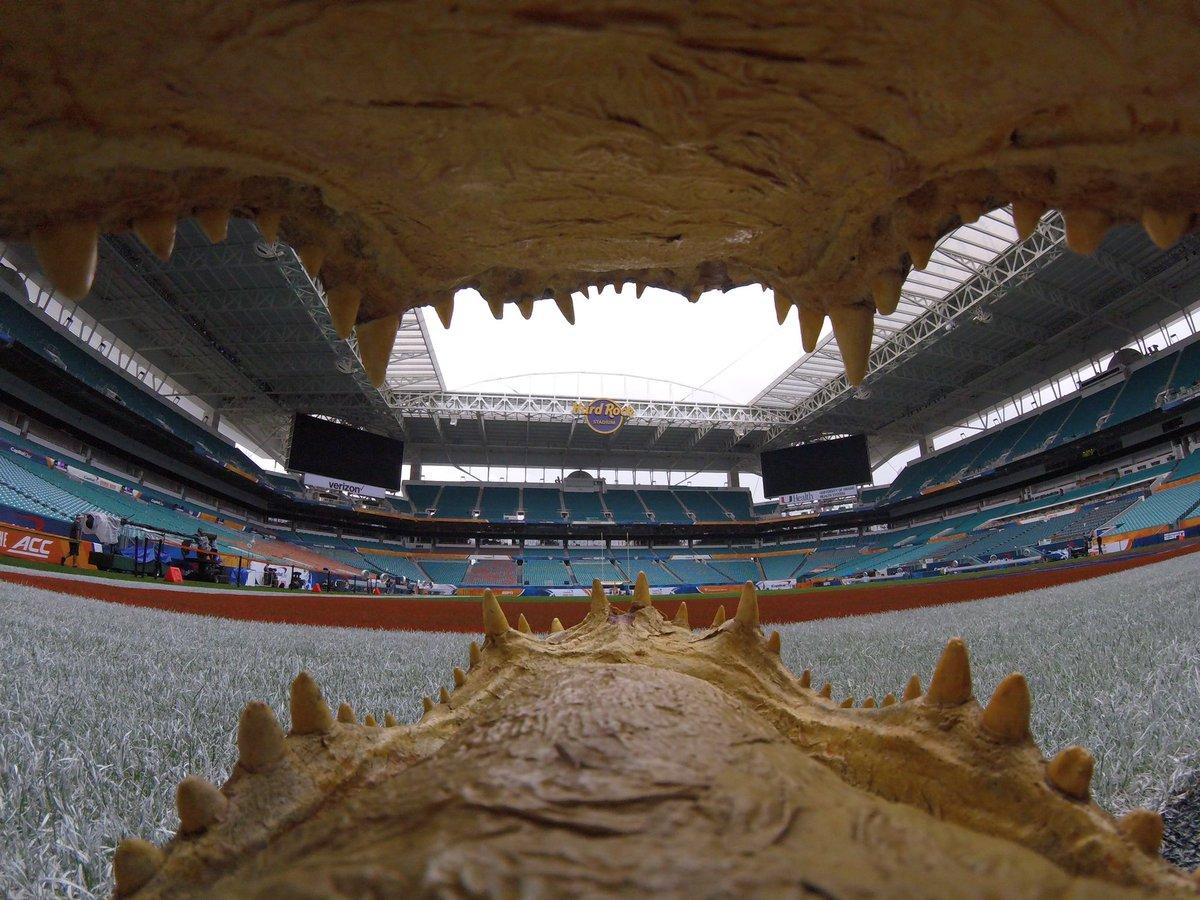 Set up and ready to go here at the @HardRockStadium for the @OrangeBowl #chompchomp pic.twitter.com/cf0SfsfDoj