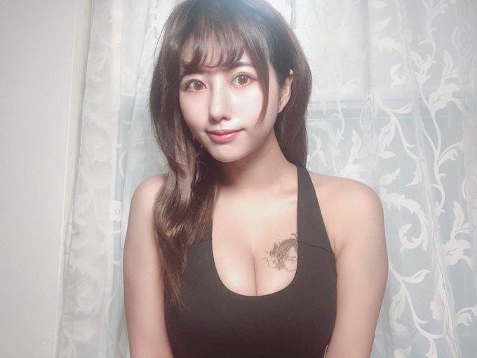 グラビアアイドルヴァネッサ・パンのTwitter自撮りエロ画像38