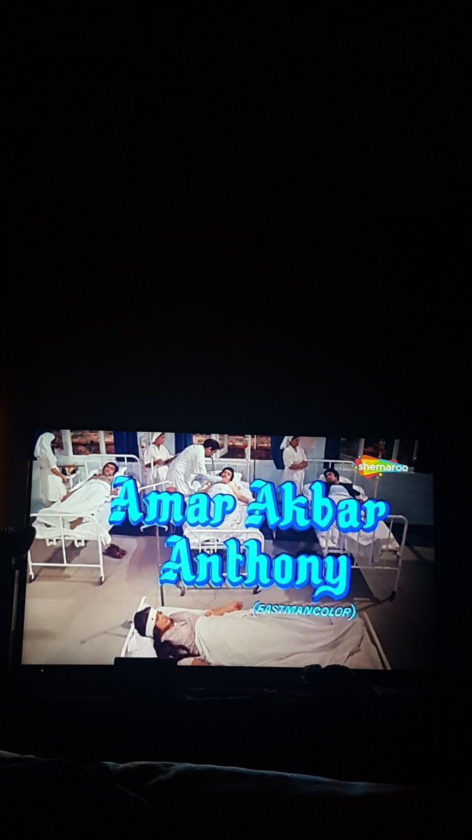 Bringing in 2020 here in Melbourne Australia with Amar Akbar Anthony 😉 @SrBachchan @chintskap #NeetuSingh #Ranjeet and the late #VinodKhanna No better way 😉 say what @MandeepSheera1 😉