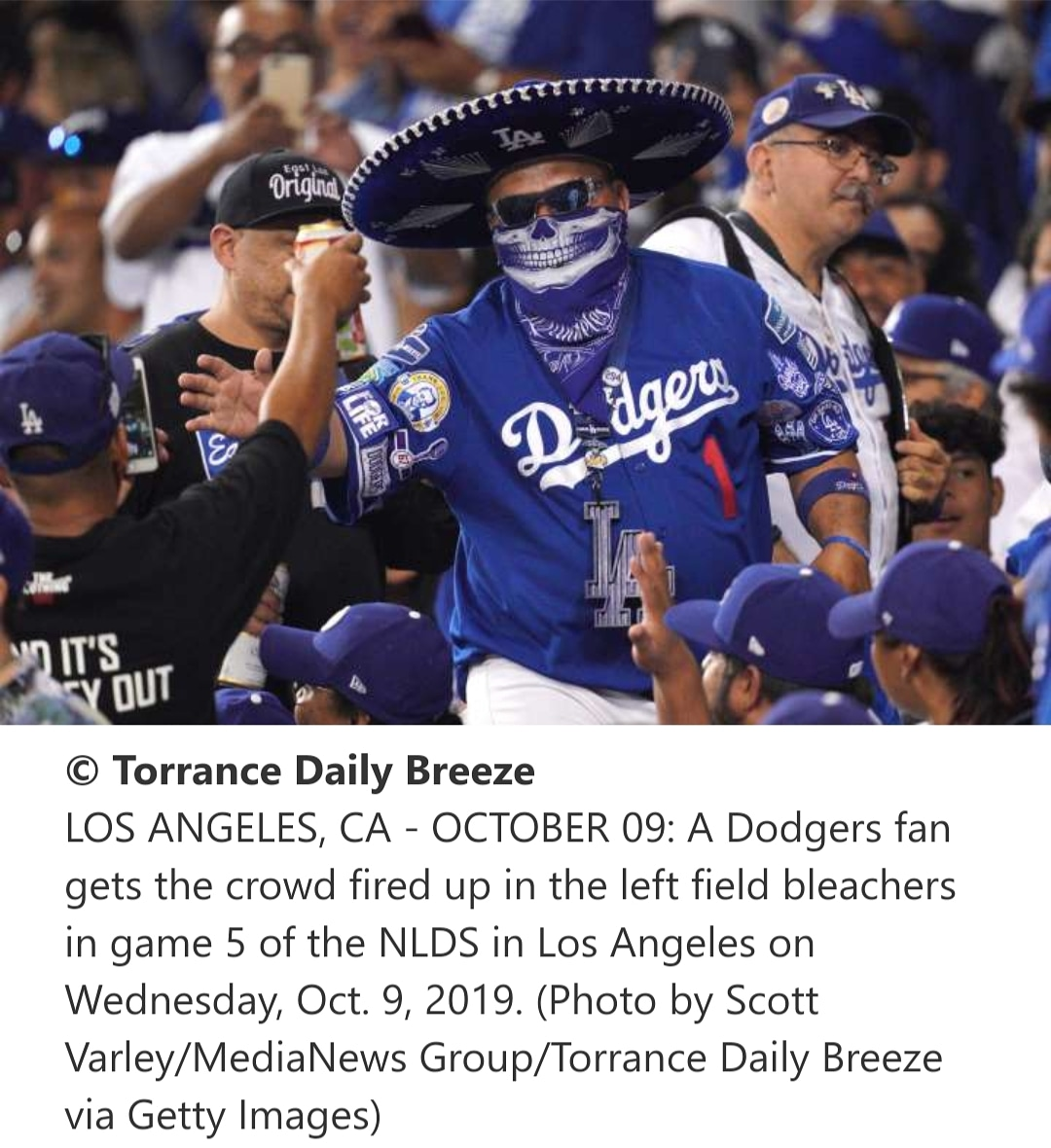 Ajuaa! Getting The Crowd Fired Up In The Leftfield Pavilion In Game 5 NLDS! Just Missing Dodger Baseball! Nice Shot! 📸💀⚾️💙🙏🏻🙌🏼👋🏻☝🏼🔥💯 #LA #NLDS #HastaLAmuerte #LABleedsBlue #Dodgers #Mariachiloco