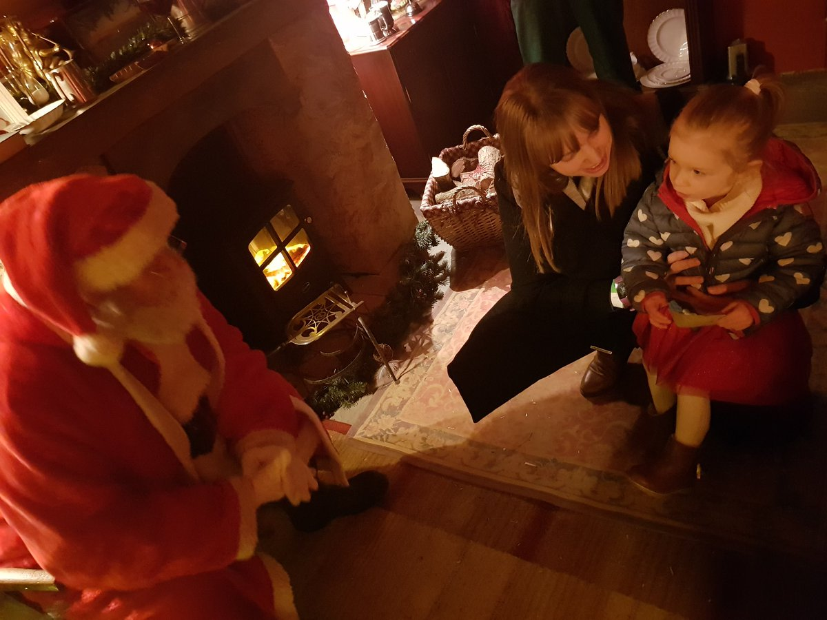 Meeting father christmas with my beautiful little girl and my amazing wife  #workorplay #rnrarchitects