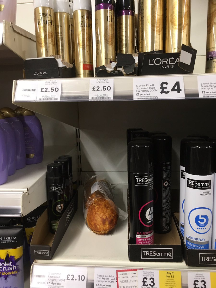 Conscious decision made by someone in my local supermarket this afternoon. #hairmatters