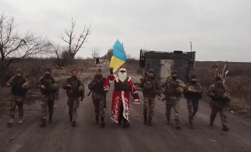 Ворог за добу 5 разів обстрілював позиції українських воїнів на Донбасі, втрат немає, - штаб ОС - Цензор.НЕТ 3006