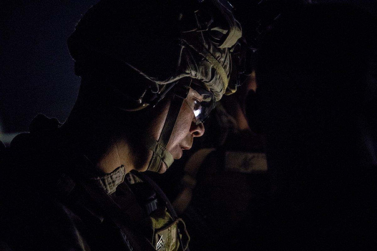 مسؤولون أميركيون لرويترز: الجيش الأميركي نفذ ضربات دفاعية في العراق وسوريا ضد جماعة كتائب حزب الله - صفحة 2 ENJaKQlXsAAiwU_