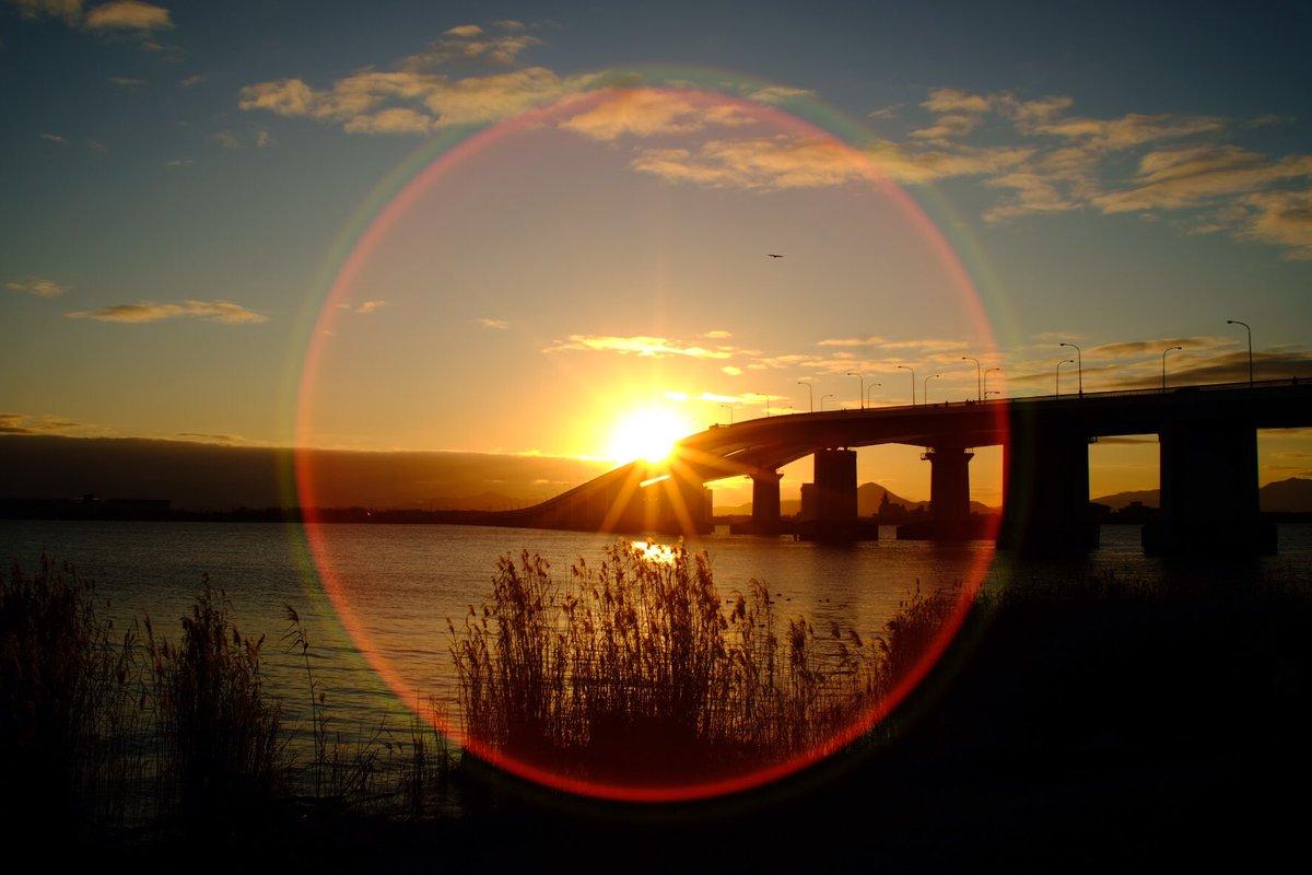 日の出失敗したやつ #東京カメラ部 #広がり同盟 #キリトリセカイ #フィルムに恋してる #オールドレンズ #ファインダー越しの私の世界  #いいね返し  #フィルム風 #fujifilm #一眼レフ #フォロー #日の出 #初日の出 #sunrise #sunset2019 pic.twitter.com/OCKMr5Ta6q