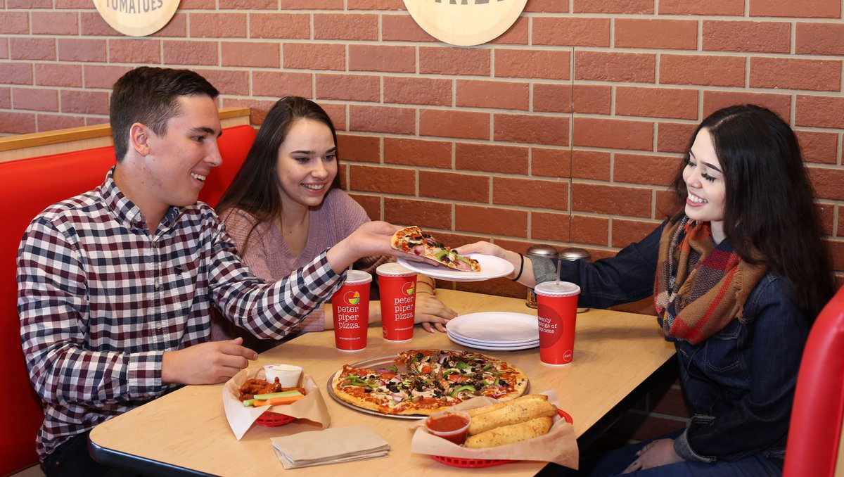New Year, same love for pizza! 🎊 🍕  Start 2020 off with Peter Piper Pizza's always fresh, made-to-order pizzas topped with your favorite fresh ingredients! Visit https://t.co/MpIzuBLBqT to find a location near you. https://t.co/OIL9h6IRMd