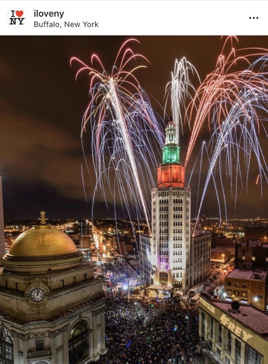 My sis in law from Brooklyn rightly points out #buffalo has great fireworks. I agree. Let's see some more awesome displays from our great cities! Please share them with us!