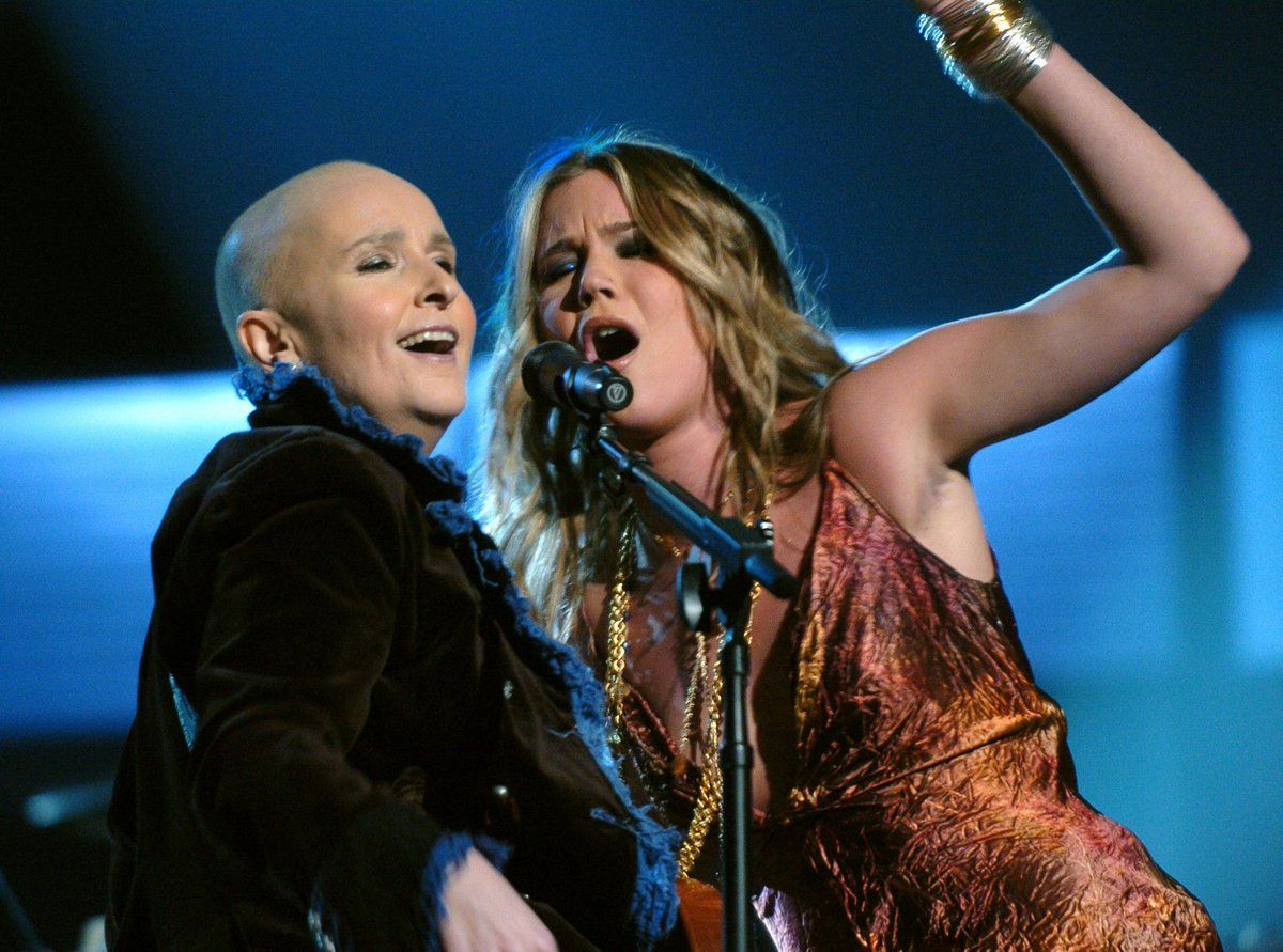 """Bald, proud and loud. In 2005, Melissa Etheridge (@metheridge) hit the GRAMMY stage following chemotherapy for breast cancer, performing """"Piece of My Heart"""" with @JossStone. ❤️🎵 #GRAMMYVault"""