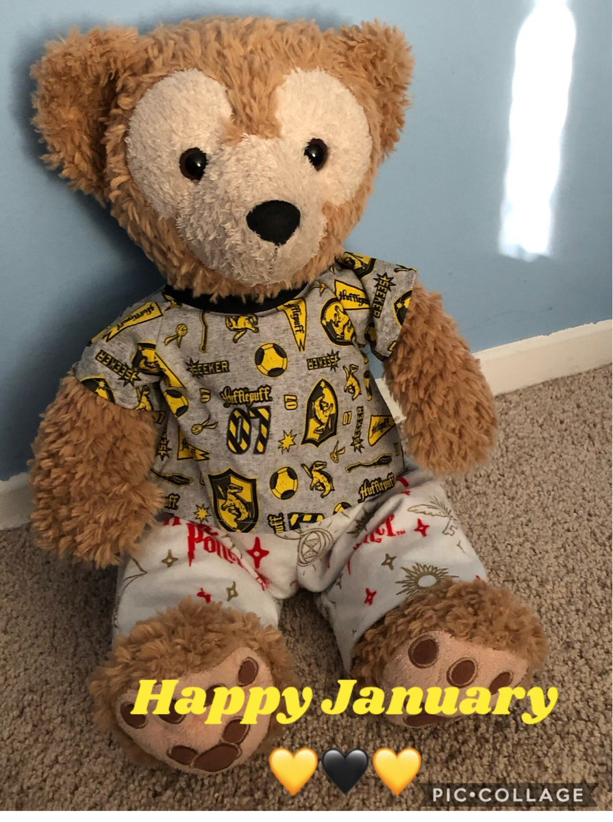 Duffy the Disney bear wanted to say happy new year and happy January 1 let's make 2020 the best year yet. for January Duffy is representing our Hogwarts house Hufflepuff 🖤💛🖤 . Duffy outfit made by the lovely @CraftyShellie  #happynewyear2020 #duffythedisneybear #hufflepuff
