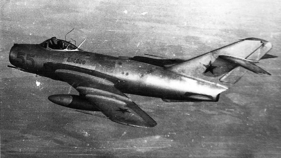 On this day in 1950, a prototype of the Soviet MiG-17 jet fighter makes its maiden flight. More than 10,000 will eventually be manufactured and operated by the air forces of 36 nations. Nearly 70 years later, some are still in service.