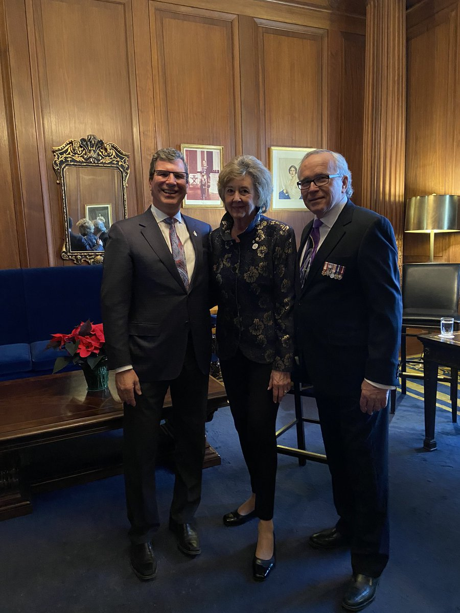 test Twitter Media - Happy New Year! Great to visit with Lieutenant Governor Janice Filmon and his Honour Gary Filmon at the LG's New Year's Levee. https://t.co/NHQPPkLr7K