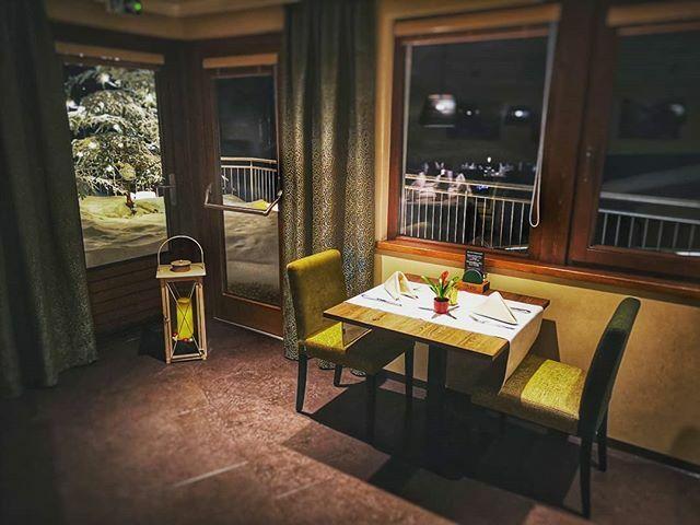Na, wer hat lust auf einen Genuss-Abend mit leckerem Essen und reichlich zu trinken? . . .  Ruf uns gerne an und reserviere Deinen Tisch für einen gemütlichen Abend bei uns! . . . #walters_gaestehaus #assling #lecker #kommvorbei #besucheuns #myosttirol #… https://ift.tt/2QAluE5pic.twitter.com/0w69qtsZ2w