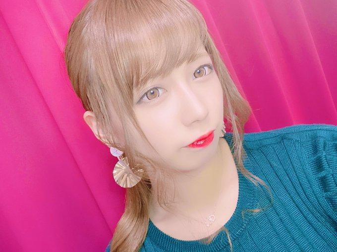 グラビアアイドル桜りんのTwitter自撮りエロ画像23