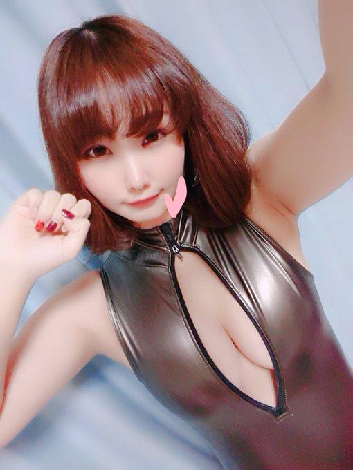 グラビアアイドル夕莉つかさのTwitter自撮りエロ画像40