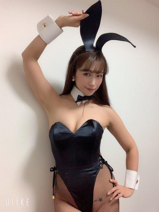 バニーガールの渋谷さんのTwitter自撮りエロ画像24