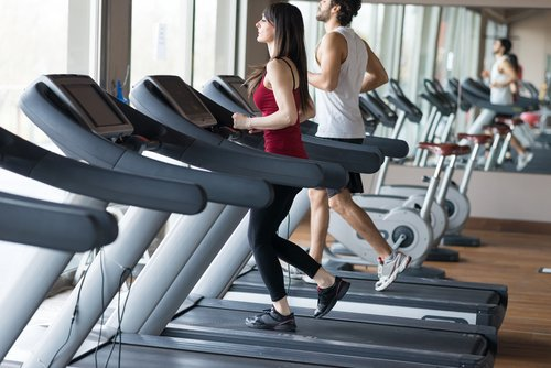 A treadmill is great for exercise. But what are you running for? Is it for health benefits, weight loss or both? Here is how long you should run on a treadmill depending on what you're trying to achieve:  https://www. treadmill.run/how-long-shoul d-i-run-on-a-treadmill.html  …  . #treadmill #treadmillrunning #running #jogging<br>http://pic.twitter.com/xevAXvYBU3