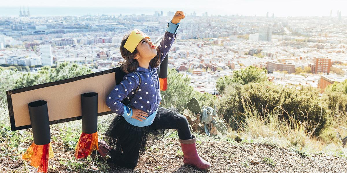 Being Bilingual: this superpower will make your kids smarter - http://bit.ly/37uujpF #bilingualkids #ninosbilingues #FunSpanish #studycatenespanol #hispanicheritage pic.twitter.com/9VH0N0RkjK