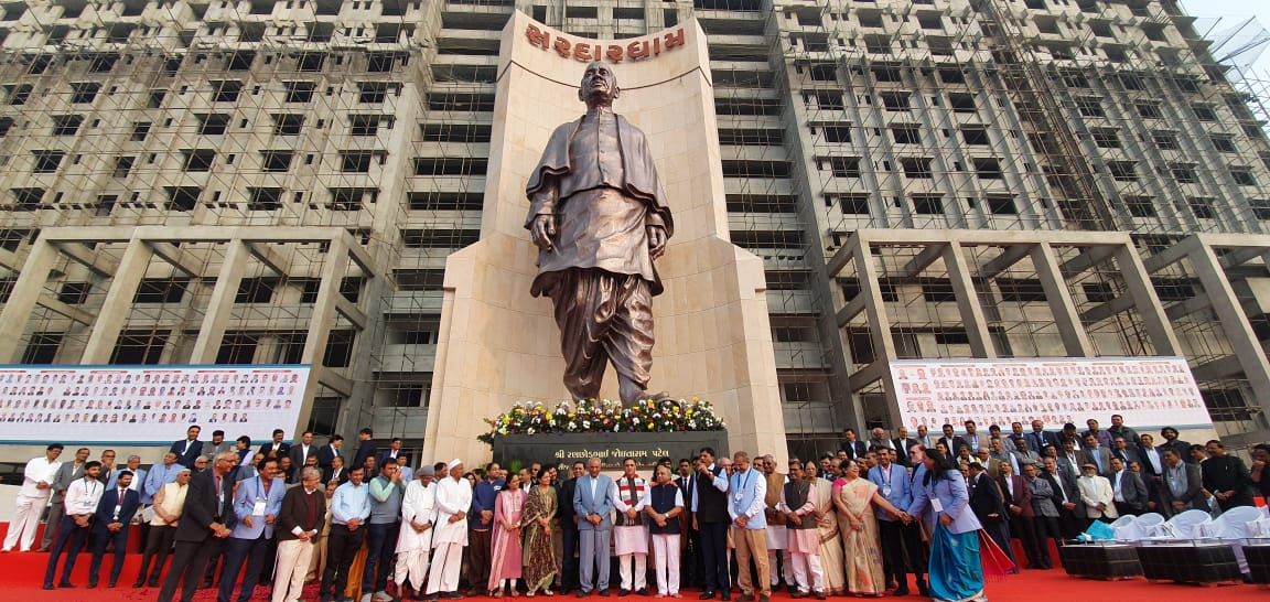 World's second tallest statue of Sardar Patel unveiled in Ahmedabad, the 50 ft tall, 70,000 kg idol has been designed by sculptor of Statue of Unity