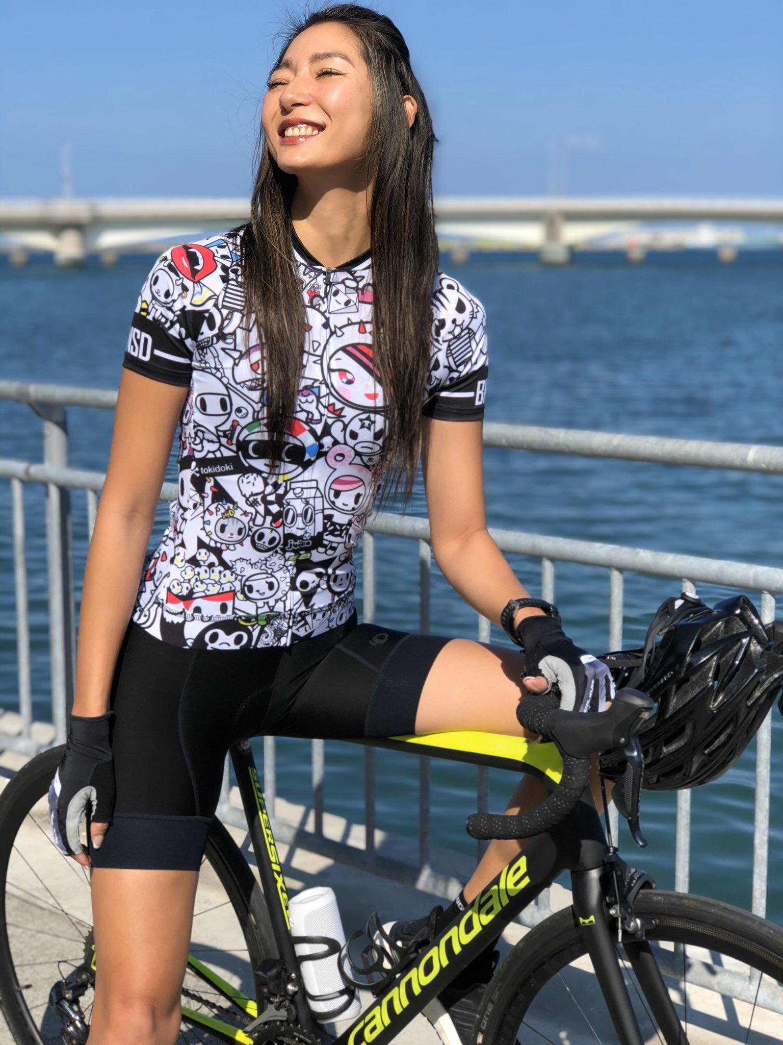 福田萌子さんロードバイク