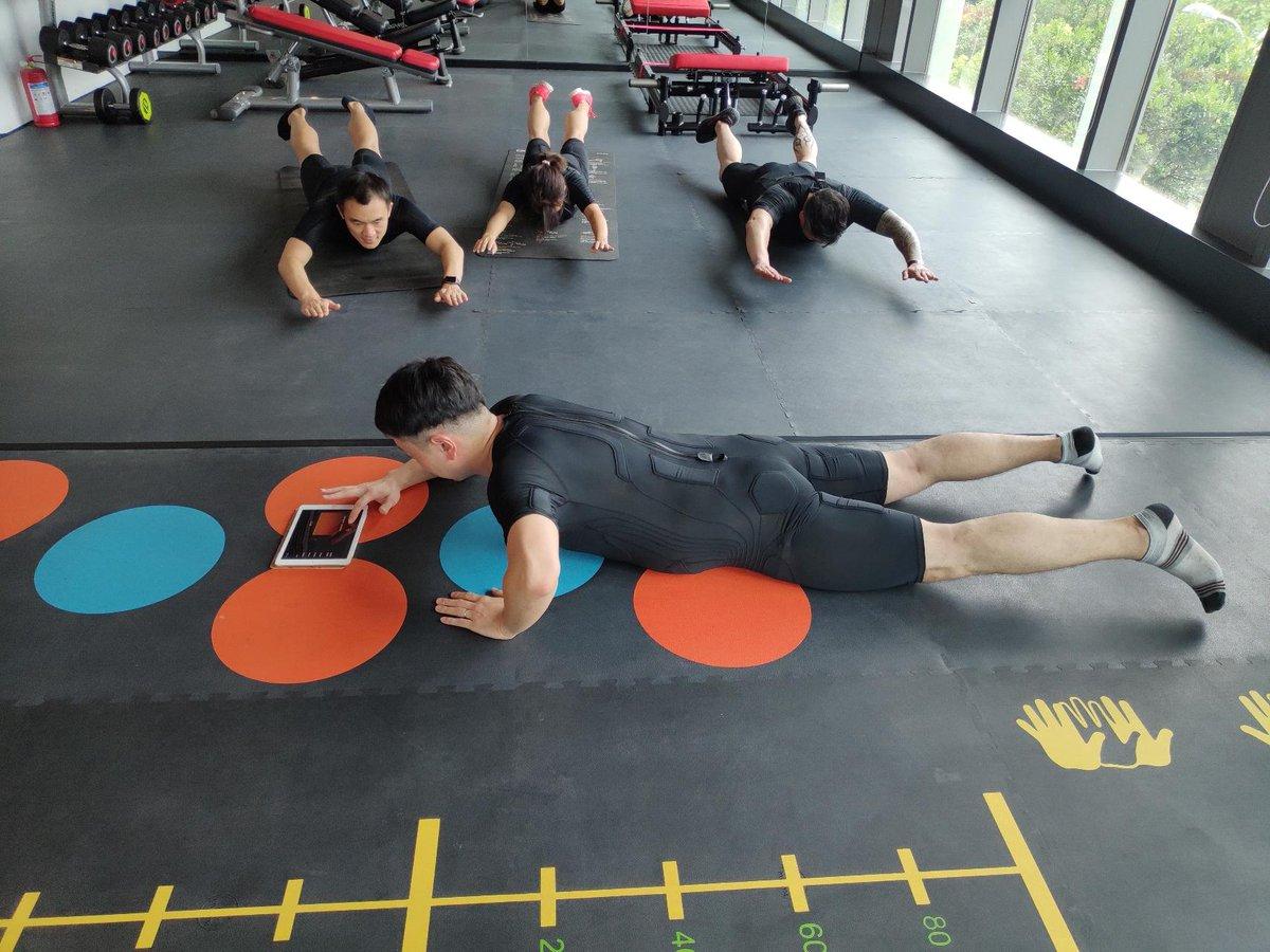 Hey! It's Friday, It's time make BalanX#yoga #ems #emsfitness #emsstudio #workout #leanlife #fatloss #diet #easy #bodyart #sexy #loveyou #adidas #fun #fitness #fit #fitnessinnovation #ems #emsfitness #workout #20minutes #sport #fit #fitnessinnovation #power #powersuitpic.twitter.com/eFEKTVpKC8