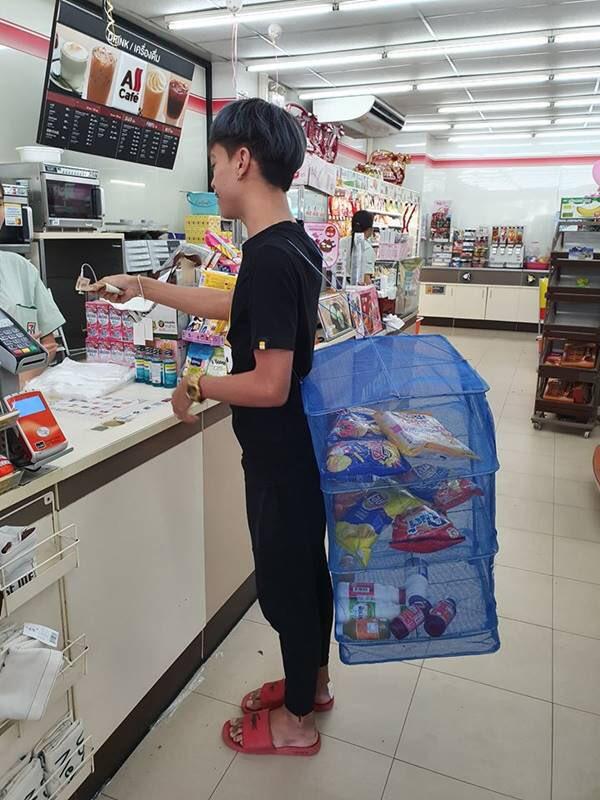 みなさん、それぞれ工夫したエコバッグでお買い物wwwwwwwwwwww