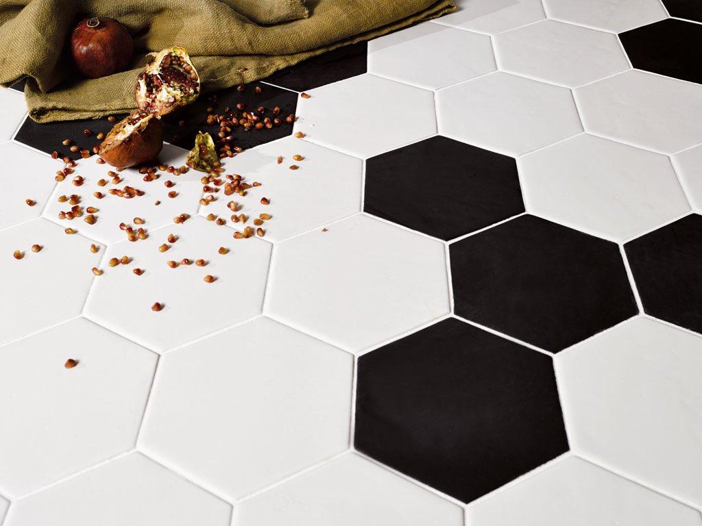 LE CRETE by @ValmoriCeramica Hexagon and Quadro shapes! So cool!!  #caltilecenter #valmoriceramicadesign #hexagontiles #quadrotiles #amazing #socal #torrance #redondobeach #hawthorne #ceramics #italy #design #home #homedecorpic.twitter.com/rNiuR0PWKl