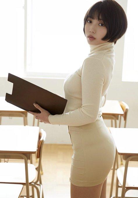 グラビアアイドル安位薫のTwitter自撮りエロ画像34