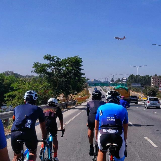 We were flying! They were flying!  . #SpectrumRacing #bvcoaching #strongerfaster #Chapter2Bikes #Chapter2India #theroadslesstravelled #biking  #cycling #athlete #racing #endurance #bike #fitness #instaride #cyclingpics #cyclingphotos #roadcycling #r… https://ift.tt/2Tapeitpic.twitter.com/7Bg2EjoGHK