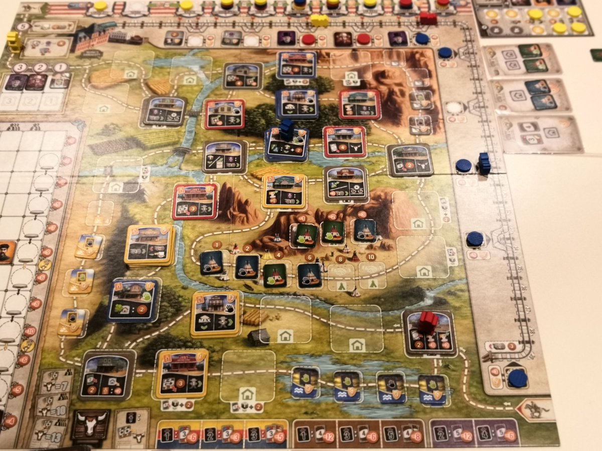 Another #GreatWesternTrail game. It was my 24th game of it and i don't see the point to add the expansion. Very interesting play of a terrific game. I was going for ingeneers and builders and it was pretty effective (9a and 10a out) #j2s #boardgamespic.twitter.com/5tIOoutIhr