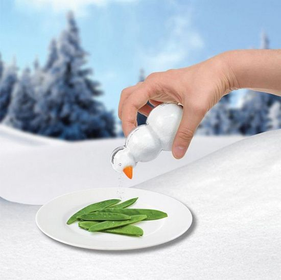 Какого милого снеговика слепили для вас дизайнеры компании Umbra, осталось только добавить в него немного соли и вуаля.  Солонка - Снеговик (Salty. The Snowman)   #follow4like #razverni #amazing #магазинподарков #подарок #необычныйподарок #лучшийподарок