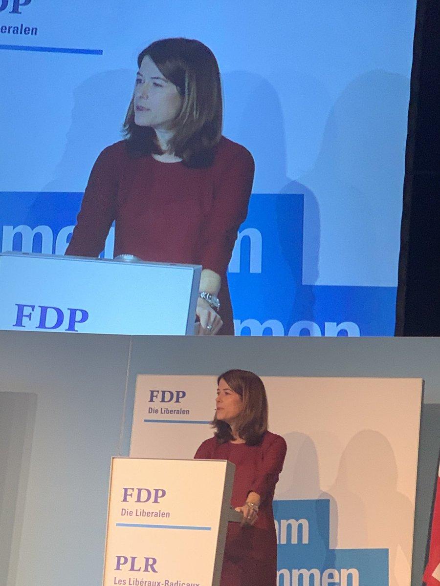 Motivierende und kämpferische Rede von @PetraGoessi für #Freiheit, die liberalen Werte und unsere Vorsätze fürs neue Jahr und die neue Legislatur . DV der @FDP_Liberalen in Schindellegi. #gemeinsamweiterkommen #avancerensemble pic.twitter.com/hysaa5cDLf