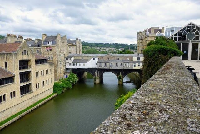 Places to Visit in Bath UK trbr.io/3Gtm0Wz via @SidewalkSafari