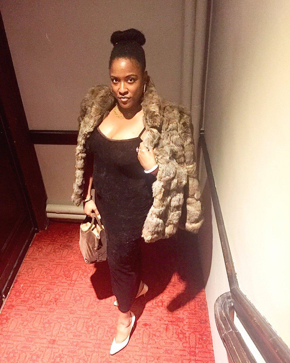 Luxury is in each detail. -Hubert de Givenchy  #luxury #givenchy #opulence #luxelife #luxelifestyle #luxury#luxliving #luxuryblog #onlyforluxury #luxurylove #luxurygoals #luxuryliving #luxuriouslife #luxuriouslifestyle #theexquisite #luxurygoals #billionairemindsetpic.twitter.com/WS0IqIkUrp