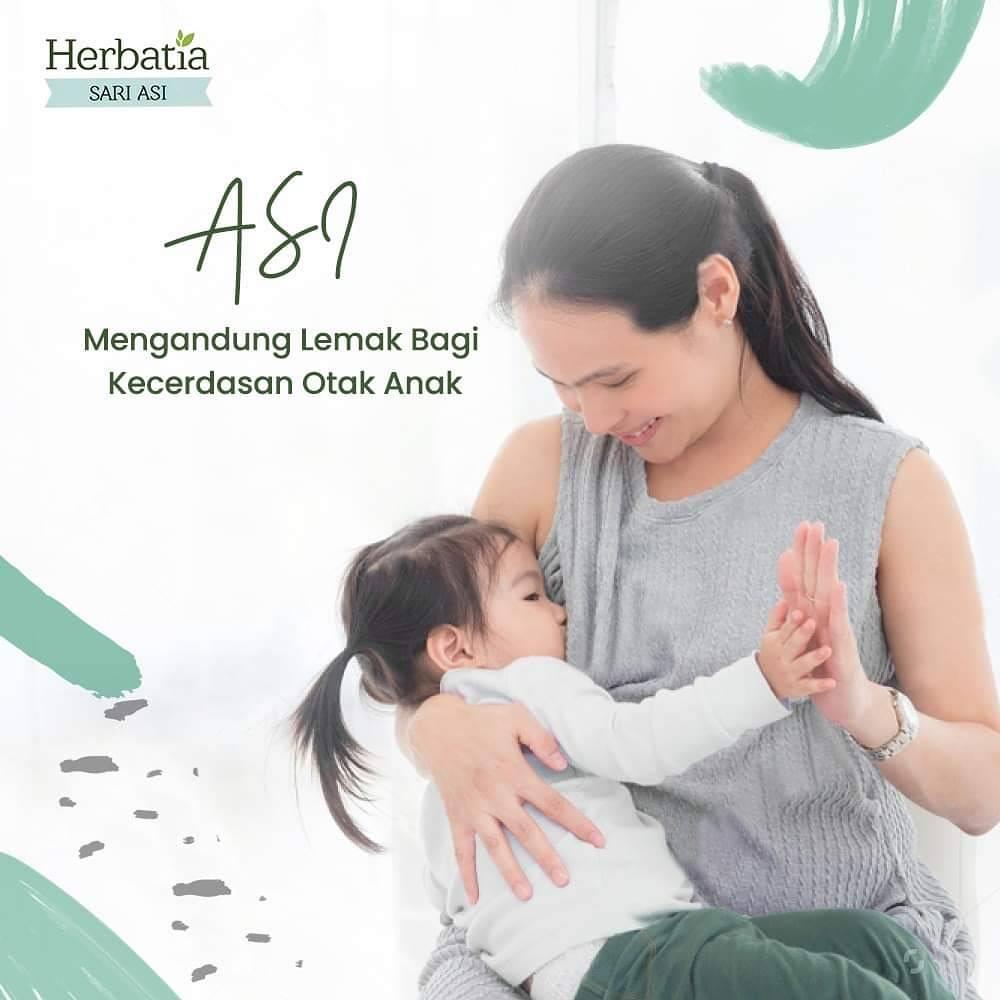 Menurut para ahli, di dalam ASI ibu terdapat asam lemak yang memiliki peranan penting bagi kecerdasan otak bayi. Selain itu, hubungan emosional antara Ibu dan Si Kecil yang terjalin selama proses menyusui akan turut memberi kontribusi positif.   #PejuangASI #LambangkASIhpic.twitter.com/GYCnrjRagC