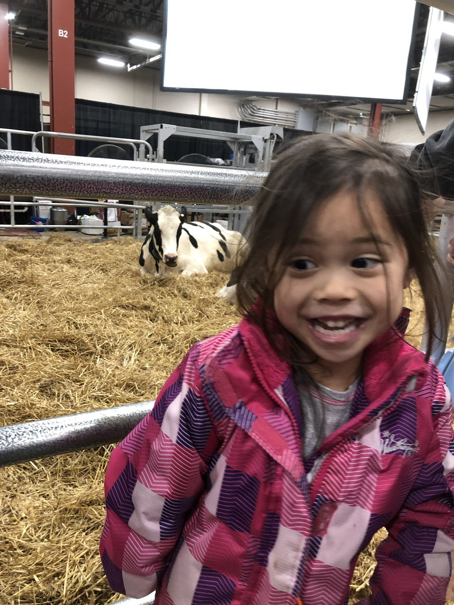 City kids go to the country. A day at the @FarmShowComplex in #Harrisburg.