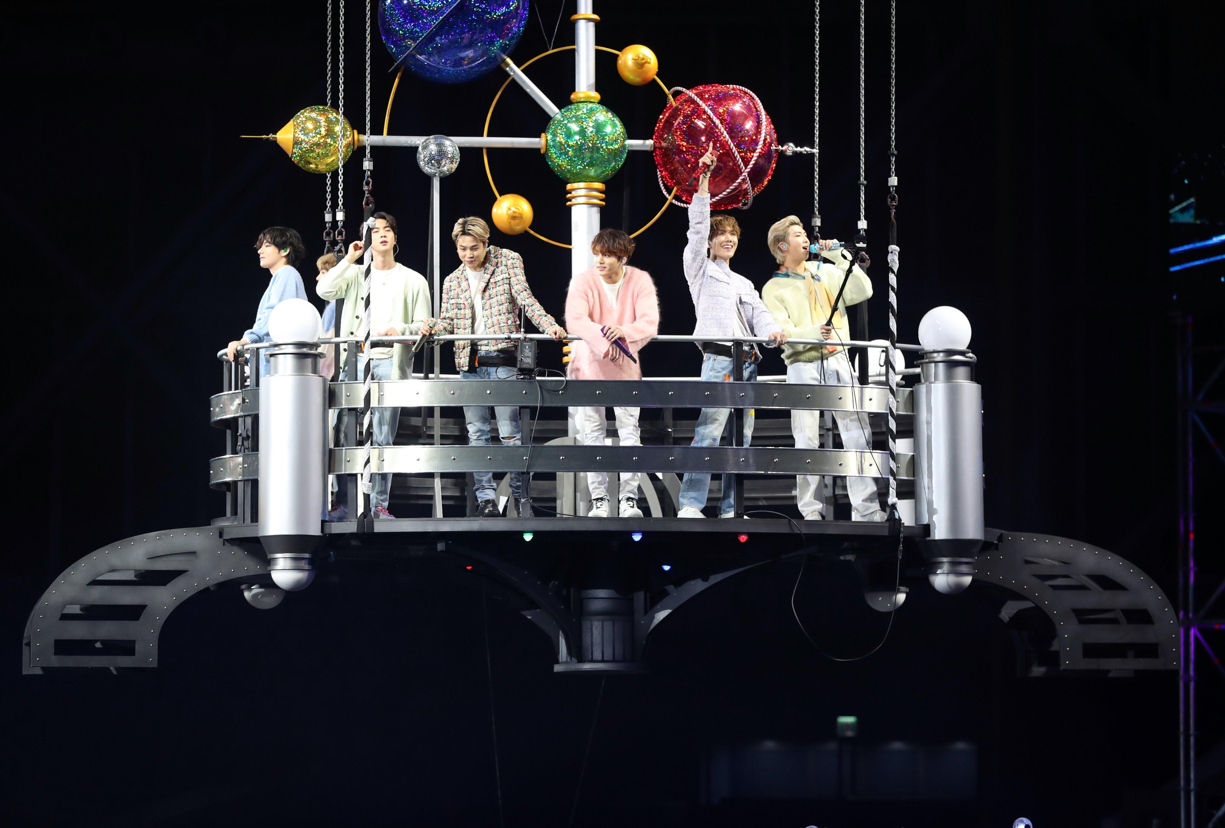 BTS Menang Daesang untuk Best Physical Album (Album of The Year) di Golden Disc Awards (GDA) ke-34 Hari Kedua, Cetak Sejarah Baru!