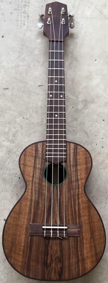 Meredith Coloma walnut Tenor