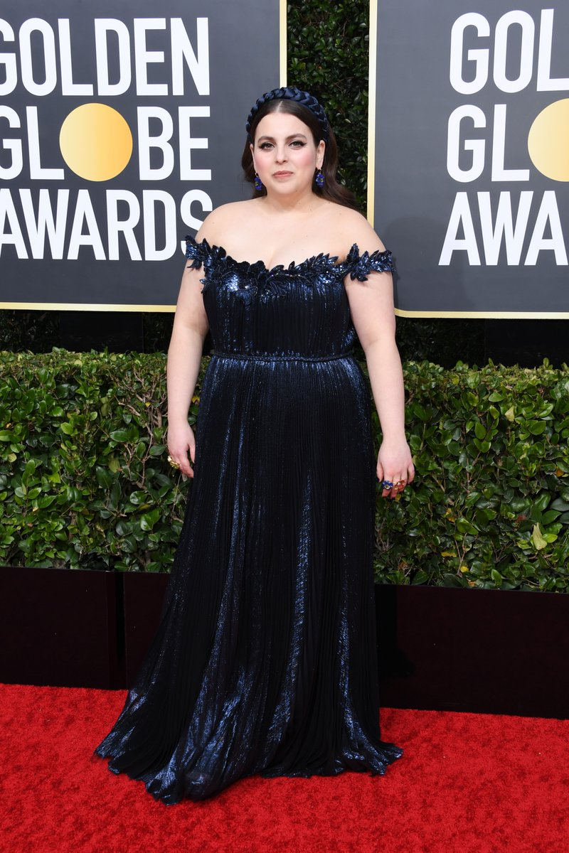 Beanie Feldstein's eyeliner is so sharp it could cut someone #GoldenGlobes