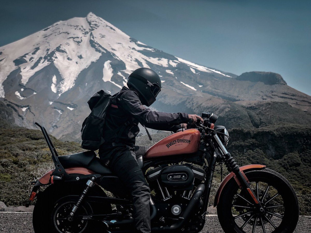 Riding through majestic hills on a Harley-Davidson motorcycle is a different kind of high!  : Jobin John  #HarleyDavidson #HarleyDavidsonIndia #MountainDiaries pic.twitter.com/gnZUvOl8dE