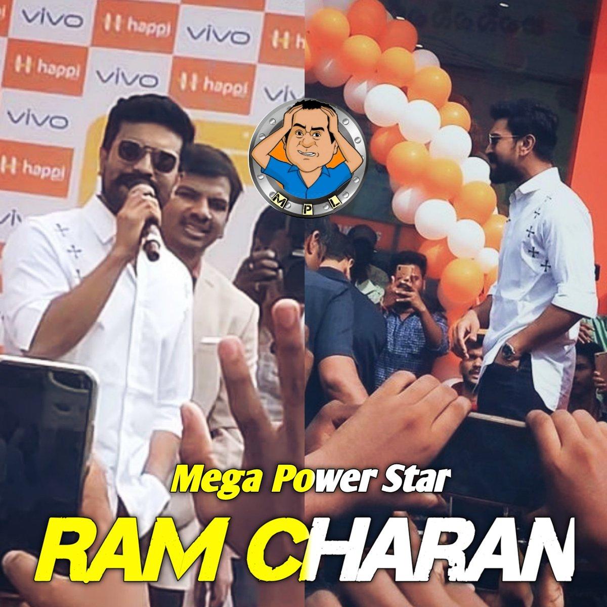 #RamCharanAtVijayawada To Launch @happimobiles New Store  . . #mindpotundhilopala  #mindpothundilopala1 . Do follow @Mindpotundhilo1 . #ramcharan #ramcharanteja #rangasthalam #rangasthalam #rangastalam1985 #ramcharan_cherry #ramcharanfans #ramcharanforeverpic.twitter.com/TIynYU6drz
