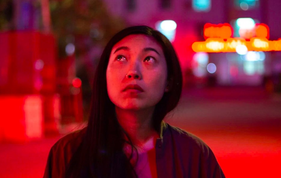 Awkwafina is the first woman of Asian descent to win for Best Actress, Motion Picture, Musical or Comedy at the #GoldenGlobes